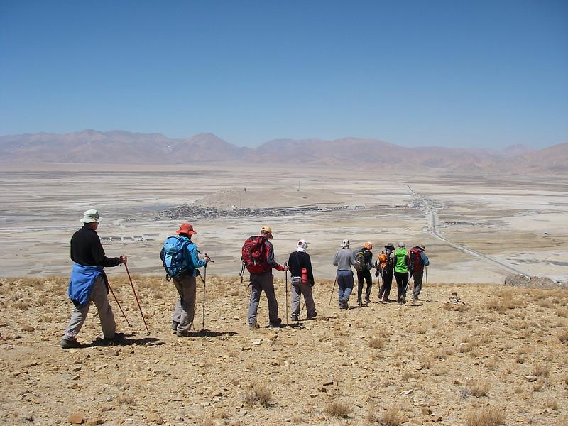 Acclimatization trek above Tingri (300m = 984ft elevation gain)