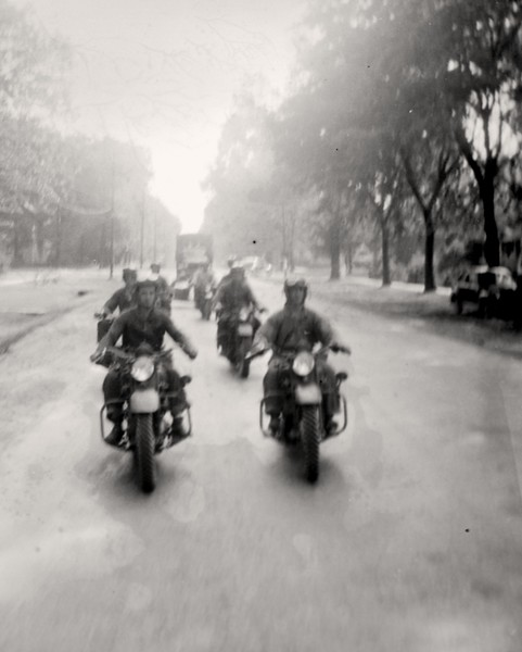 Motorcycle troopers 1940-2p.jpg