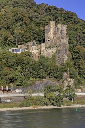 Scenic Rhine Castle Cruise