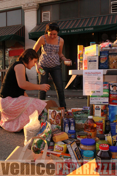 1.18.09  Fill the Food Bank.  Feed the Beach.  Venice For Change.  Alex  Rose.  Bill Rosendahl. Fruit Gallery. Phtoos by Venice Paparazzi (72).JPG