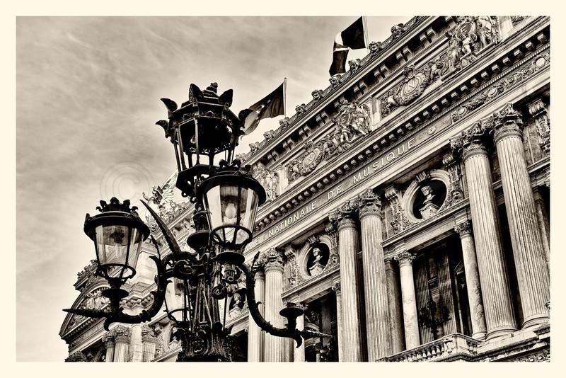 20150417_Opéra_0009-BW.jpg