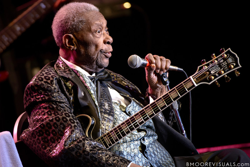 B.B. King performs on January 5, 2013 at Ruth Eckerd Hall in Clearwater, Florida