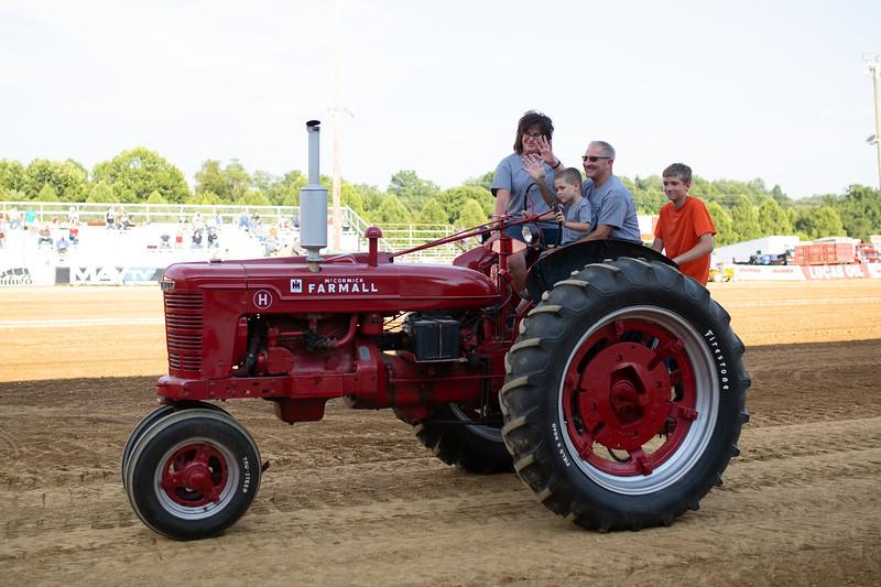 Antique Tractor Parade-85.jpg