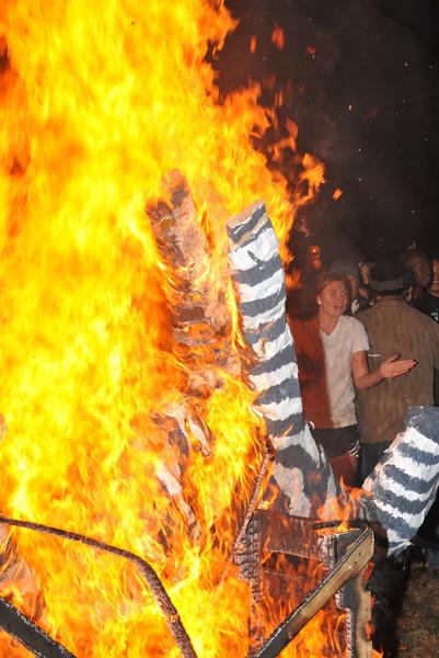 StMS Bonfire # 1 050.jpg