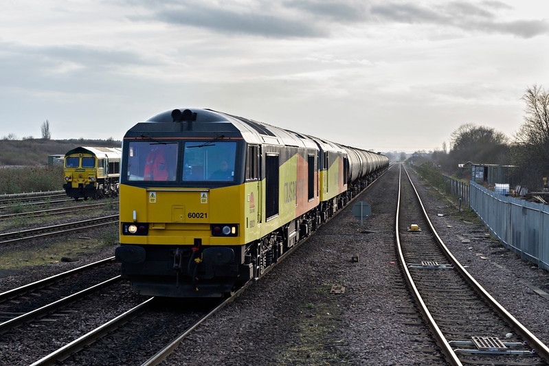 Colas Class 60021 leads classmate 60056 on Ribble to Lindsey empty tanks