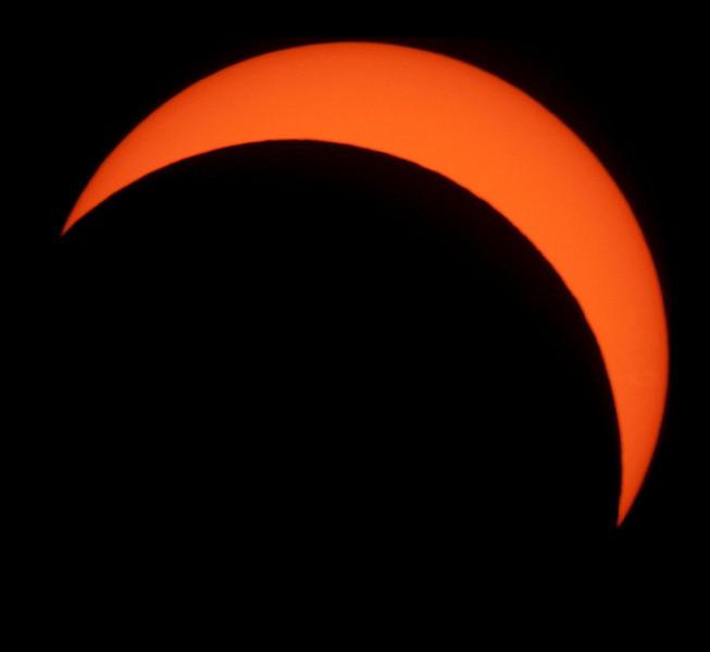 Sun mid-partial solar eclipse - 14/11/2012 (Processed image)
