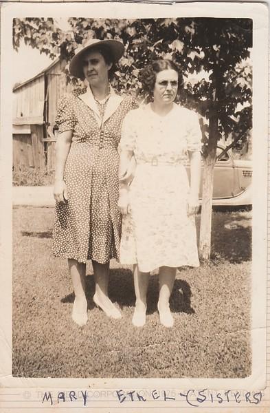 SCN_0155 Mary Ethel sisters.jpg