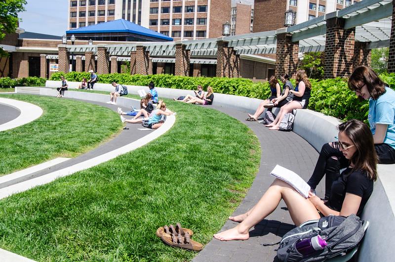 05-07-19 Campus Scenes 02_DSC8078.jpg