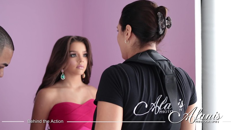 Tampa_Bay_Quinceanera_Photographer_Aileen_Pink1.mp4