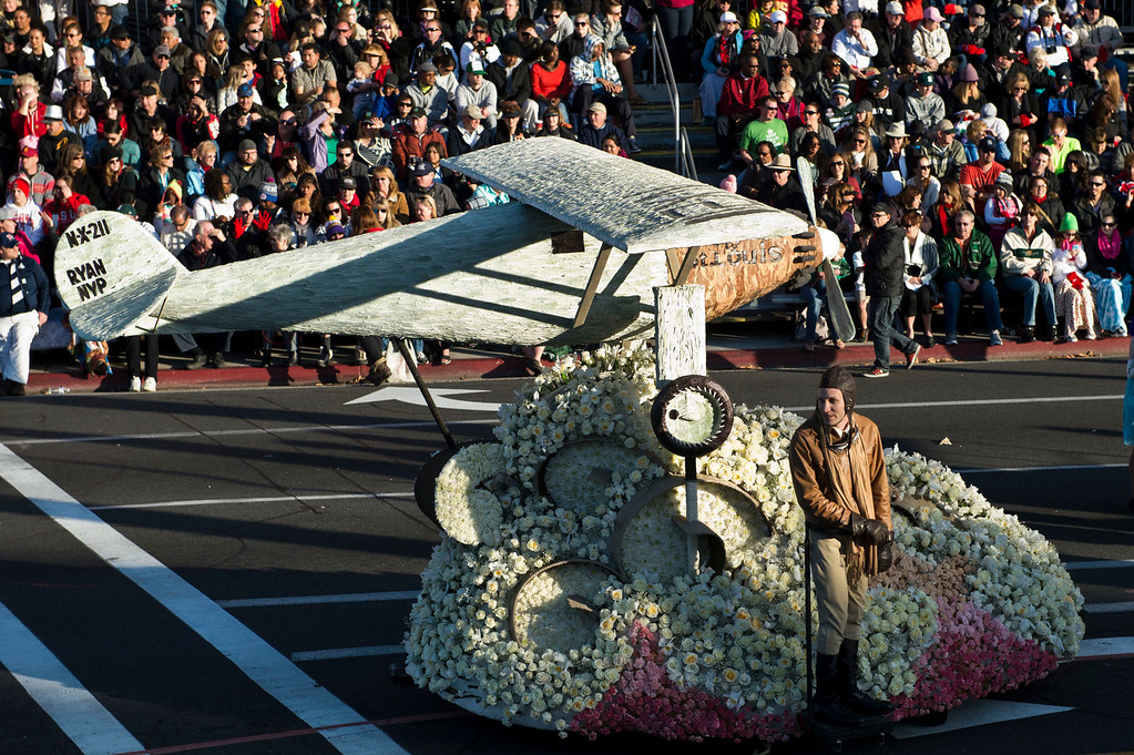 . Charles Linbergh\'s first transatlantic flight in the Spirit of St. Louis with Wells Fargo\'s Opening Show during 2014 Rose Parade in Pasadena, Calif. on January 1, 2014. (Staff photo by Leo Jarzomb/ Pasadena Star-News)