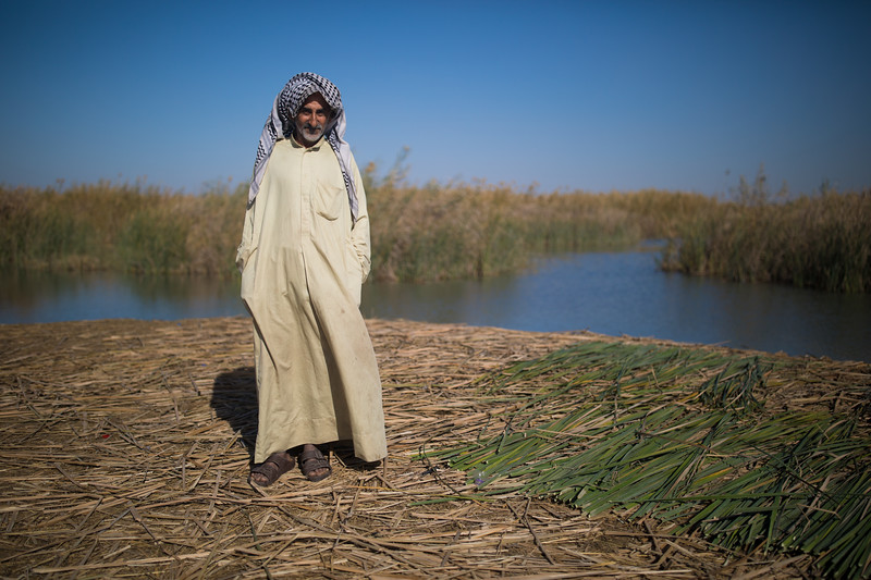 The Marsh Arabs traditionally wear a variant of normal Arab dress. For males, a thawb (long shirt or robe) and a keffiyeh (headcloth) worn twisted around the head in a turban.