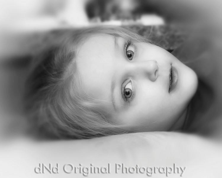 12 Christmas 2010 (JT & Heather) - Brielle (10x8) softfocus vig b&w.jpg