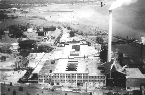 National Container Corporation 1940.jpg