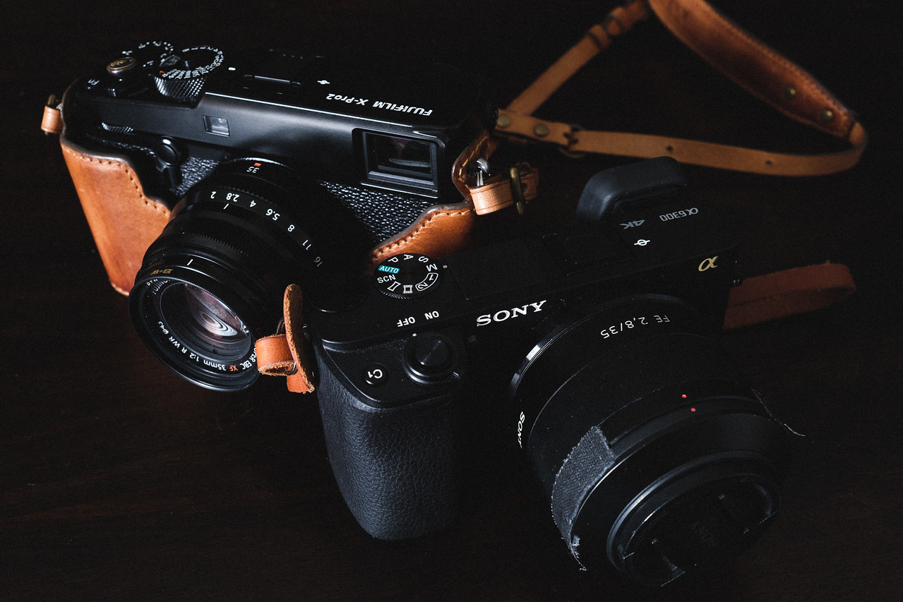 Sony A6300 vs Fujifilm X-Pro2