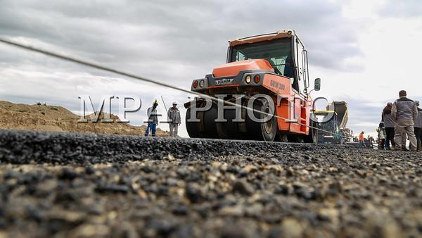 Дархан-Улаанбаатар чиглэлийн зам засварын ажил