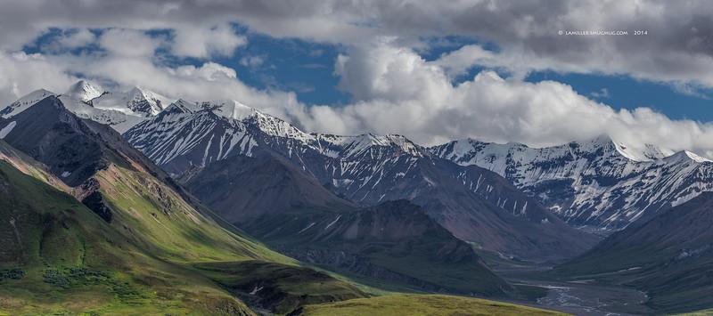 Panoramic view of the Alaska Range from Eielson - Denali National Park