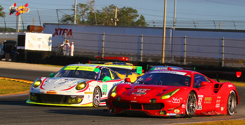 Roar17_9127-#62-Risi-#59-Porsche.jpg