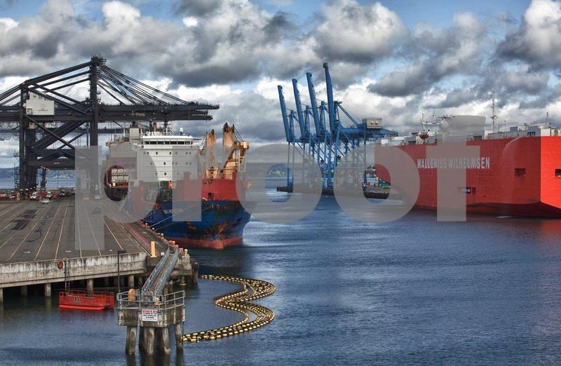 Tacoma Port 1374_HDR.jpg