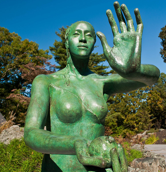 Marianna Pineda's bronze statue of Eve at the Decordova Museum in Lincoln Mass.