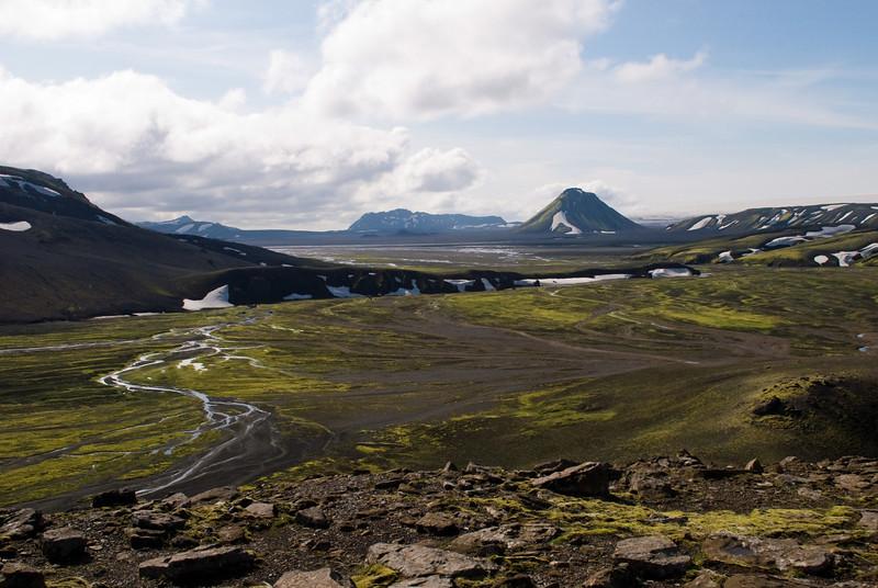Horft á Mælifell, Öldufell aftar