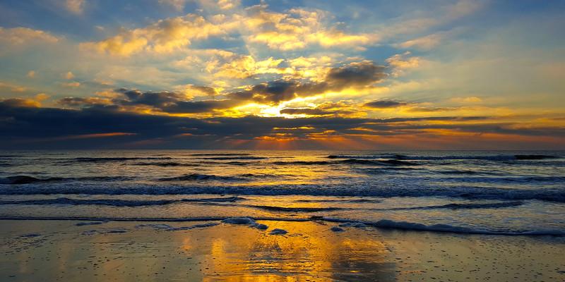Chincoteague Sunrise #17.jpg