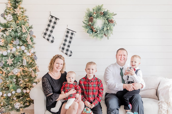 The Campbell Family | Christmas Mini Session