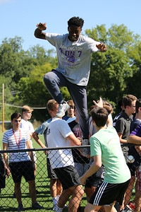 DS 9 - 11th grade team building events 2016