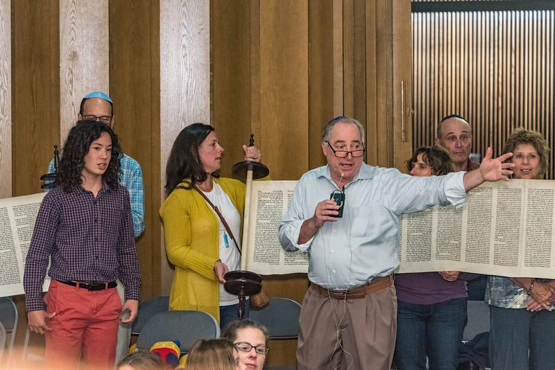 Simchat Torah-339.jpg