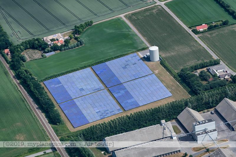 F20180609a110753_2056-Skyvan-porte ouverte-paysages-fermes-panneaux solaires-Aalborg,Danemark.JPG