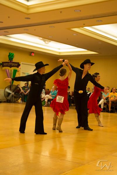 DanceMardiGras2015-0106.jpg