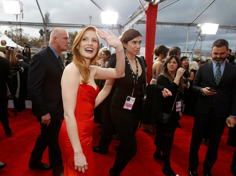. Actress Jessica Chastain arrives at the 19th annual Screen Actors Guild Awards in Los Angeles, California January 27, 2013.  REUTERS/Mario Anzuoni