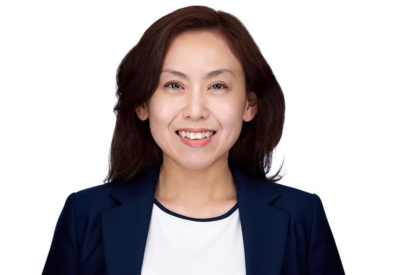 200f2-ottawa-headshot-photographer-Maggie Zhu 3 May 201947355-Hi-Res.jpg