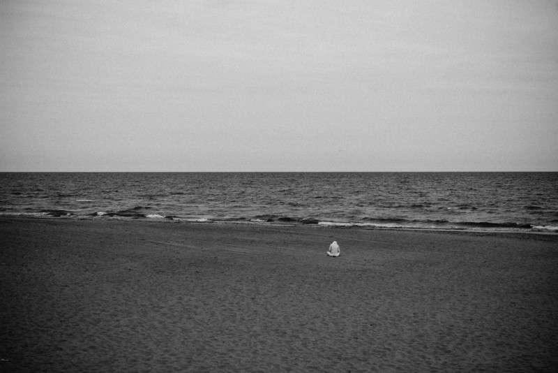 wf beach bw.jpg