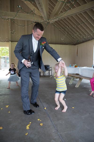 bap_schwarb-wedding_20140906160643PHP_0450