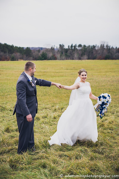 Sarah_anton_preview_Fall_wedding-9.jpg