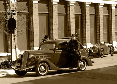 Mason_City_Dillinger_Bank_Robbery_Re-enactment