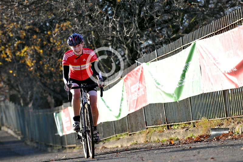 SWANSEA / Copyright Adrian White Sunday 4th December 2016 Strong line up for 2016 Welsh Cyclo Cross Championships in Swansea's Singleton Park. **** BYLINE wwwclick4prints.com