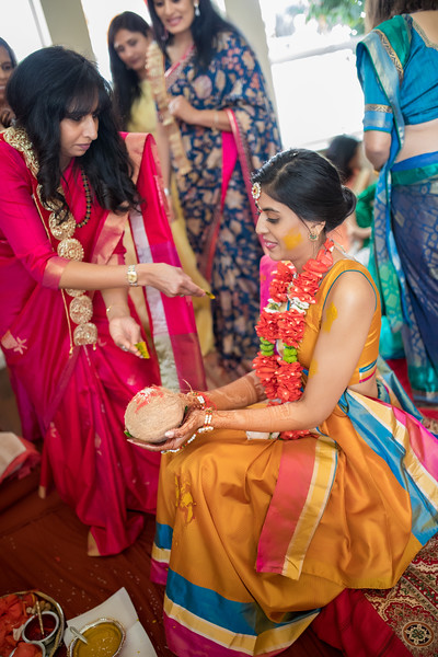 Hina_Pithi_Pooja-192.jpg