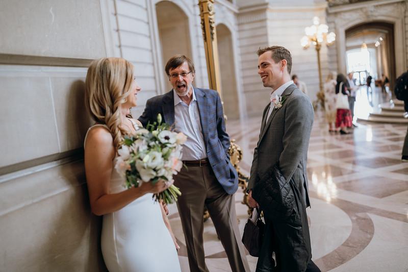 2018-10-04_ROEDER_EdMeredith_SFcityhall_Wedding_CARD1_0141.jpg