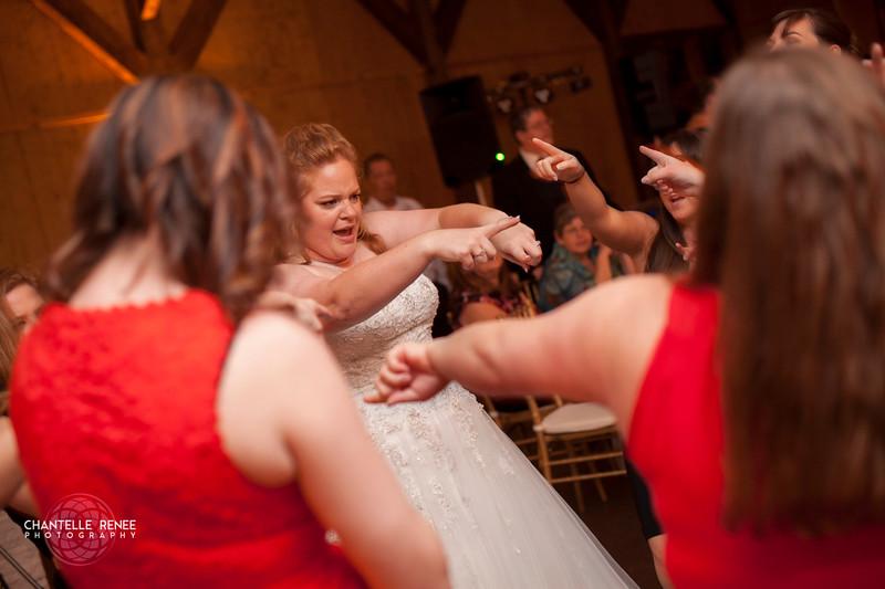 CRPhoto-White-Wedding-Social-588.jpg