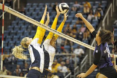 28527 Volleyball WVU TCU September 2012