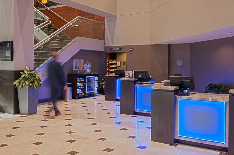 Crowne_Plaza_Aire002.jpg