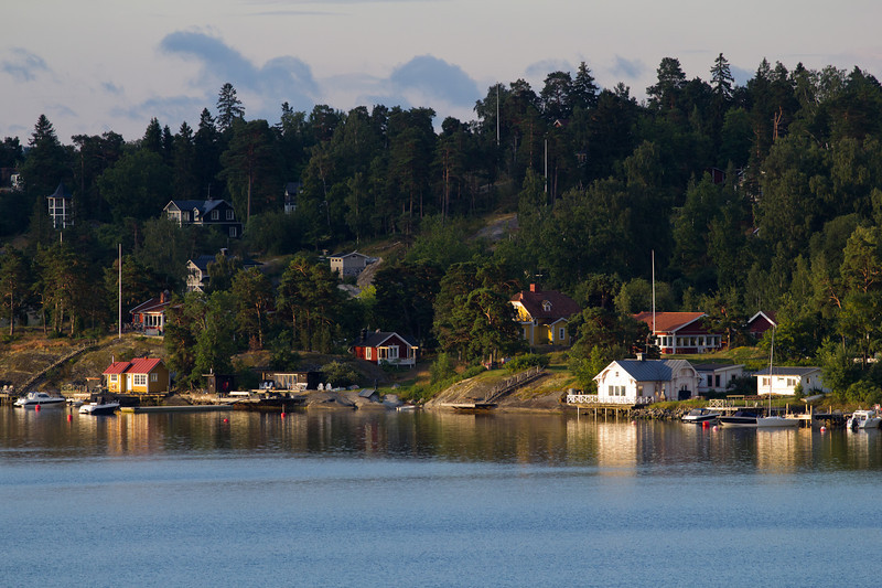 Takes over 4 hours sailing through the Stockholm Archipelago to reach the city.