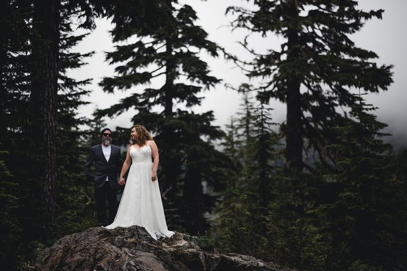 Travel Adventure Wedding Photographer - Mt Rainier - Rose-24.jpg