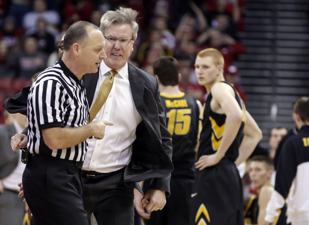 ". <p>9. FRAN McCAFFERY <p>Iowa�s unhinged coach more Ted Knight than Bobby Knight. (unranked) <p><b><a href=\'http://www.twincities.com/sports/ci_24853967/iowa-hawkeyes-fran-mccaffery-apologizes-outburst-ejection?source=rss\' target=""_blank\""> HUH?</a></b> <p>    (AP Photo/Andy Manis)"