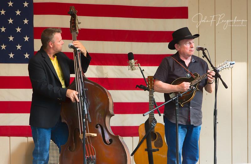 Ronnie Reno & Reno Tradition