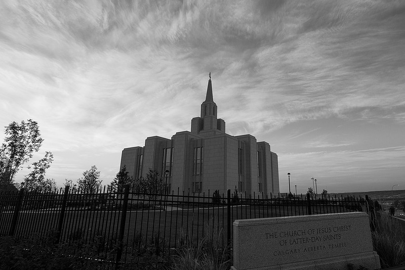 SunriseCalgaryTemple005.jpg
