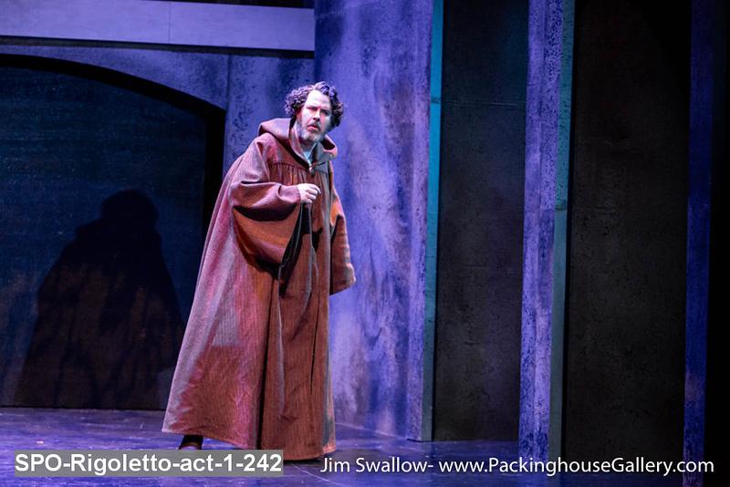 SPO-Rigoletto-act-1-242.jpg