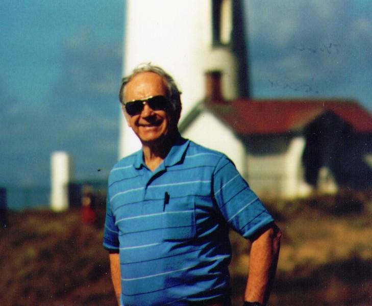 Wayne by Lighthouse on Oregon Coast, 1990  01-1.jpg