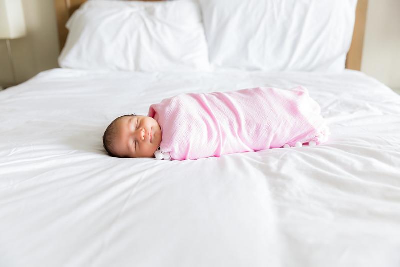Mila Newborn-81.jpg